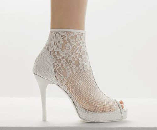 14293599743_d28ab88c53_gelin-ayakkabısı